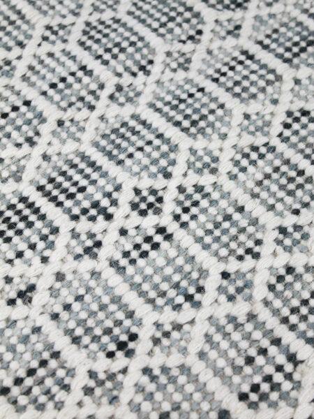 Nara denim ivory rug detail image