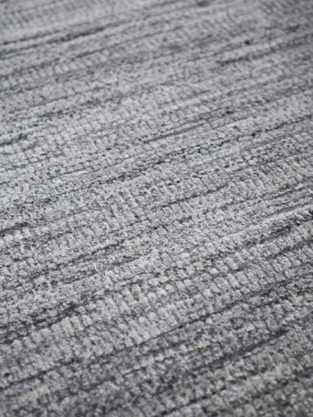 Melrose Charcoal grey rug handloom knotted in NZ wool and artsilk - close up detail