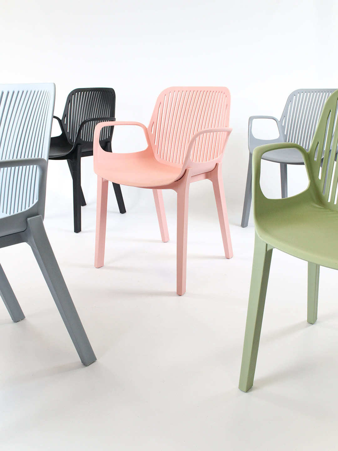 Axel plastic chairs in 5 colours