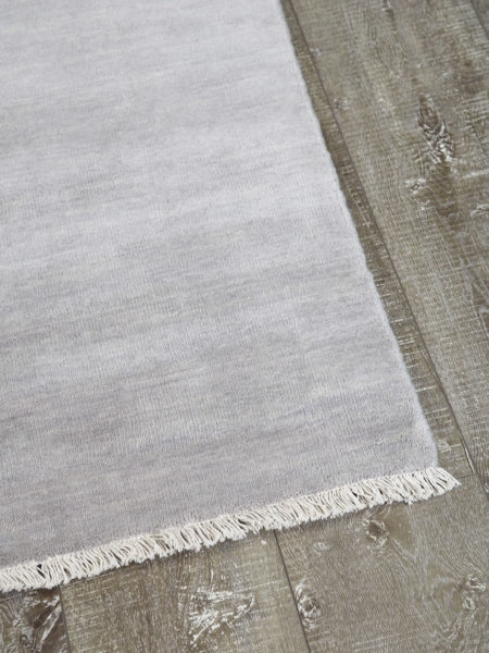 Diva handmade wool rug in Moonstone silver - corner image