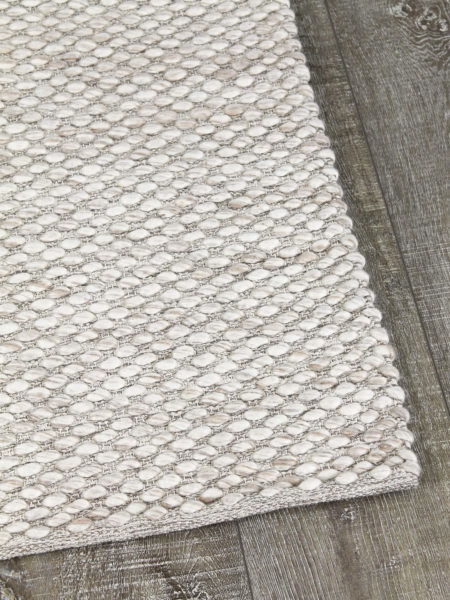 Palmas Beige handwoven flatweave rug in 100% wool - corner image
