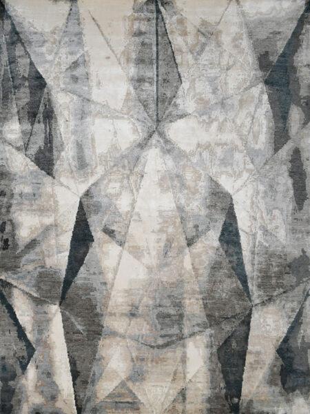 Chicago Beige/Charcoal luxury handknot rug in wool and artsilk - overhead image