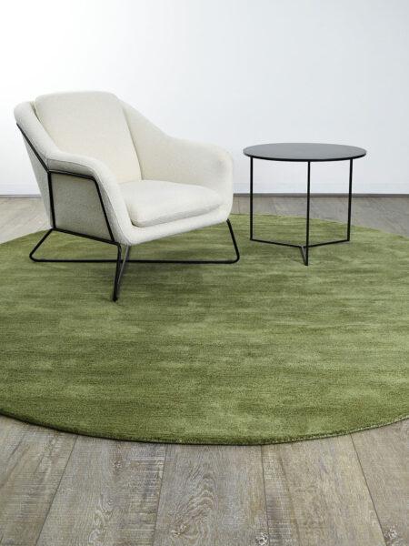 Eclipse Leaf green wool & artsilk stipple rug - lifestyle image