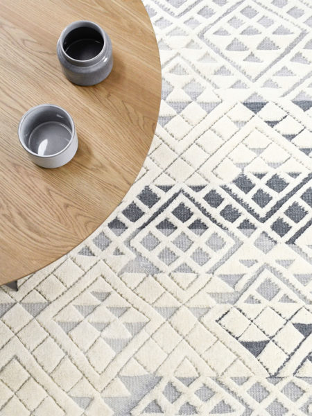 Fitzroy Grey & white handknotted rug in 100% wool - lifestyle image