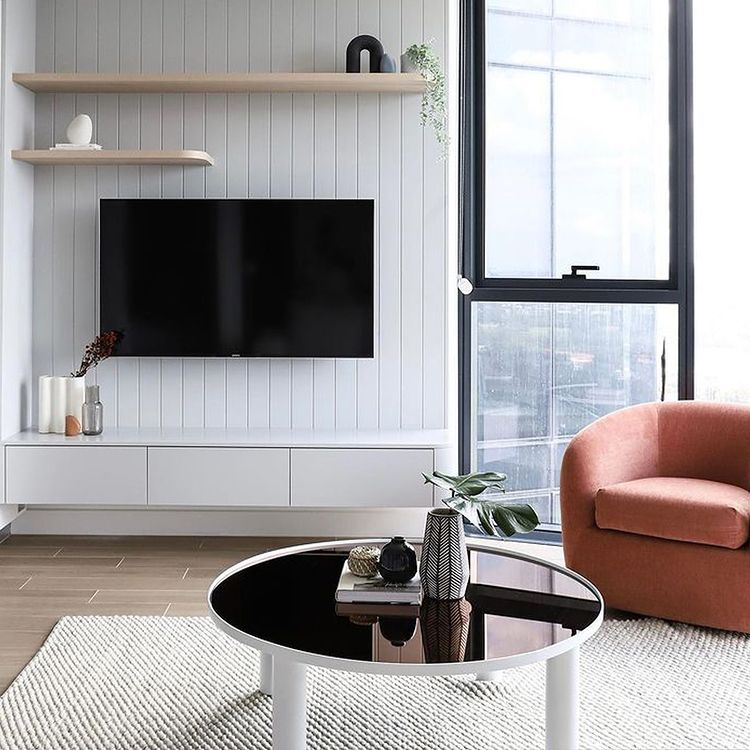Our natural wool Palmas textural flatweave adds warmth and comfort into this contemporary Sydney apartment by Interior Designer Naz Design Studio.