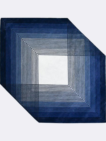 Jagged Admiral handtufted wool and artsilk rug with geometric pattern in blue tones